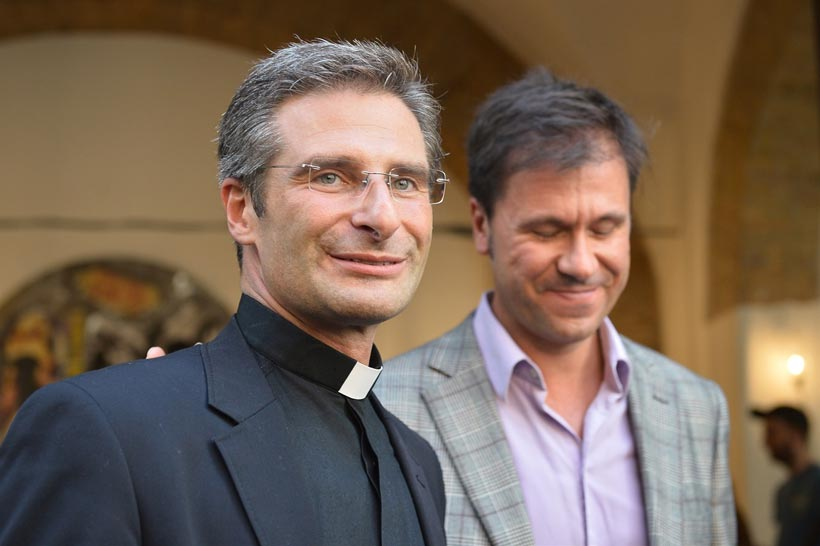 Krzysztof Charamsa y su pareja Eduard Planas
