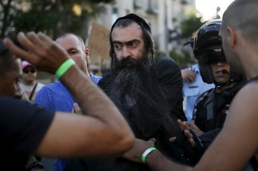 Ataque ortodoxo al Orgullo en Jerusalén, terminó en muerte