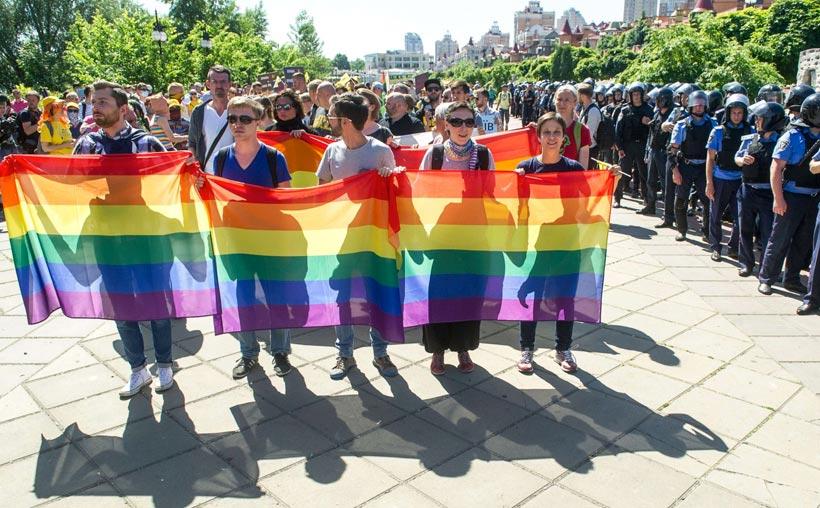 Disturbios durante la conmemoración del Orgullo en Rusia