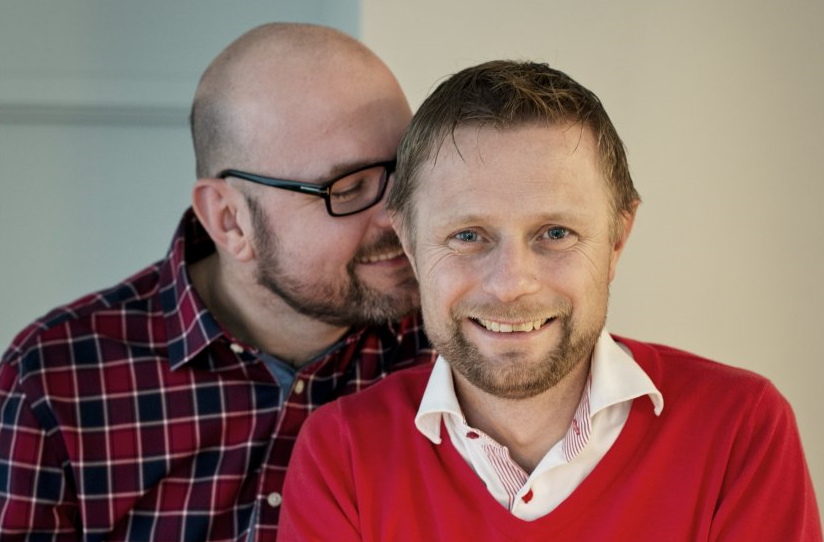 Bent Hoie y su esposo Dag Terje Solvang.