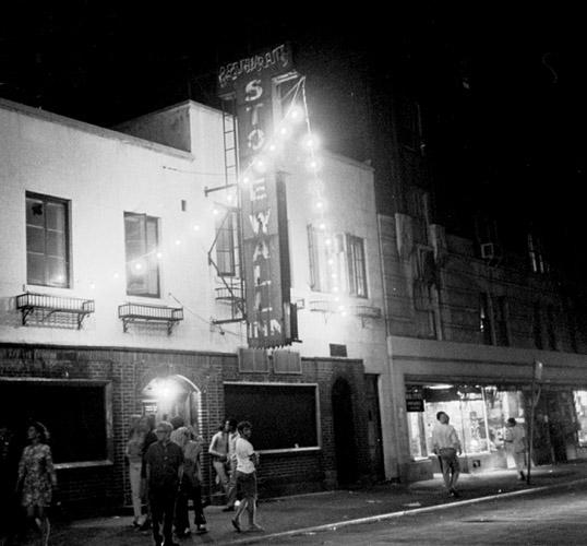 Stonewall Bar 1969 (Larry Morris/The New York Times)