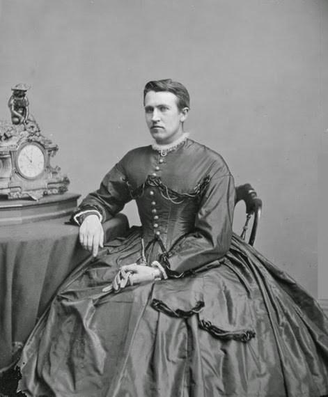 Drag Queen Victoriana