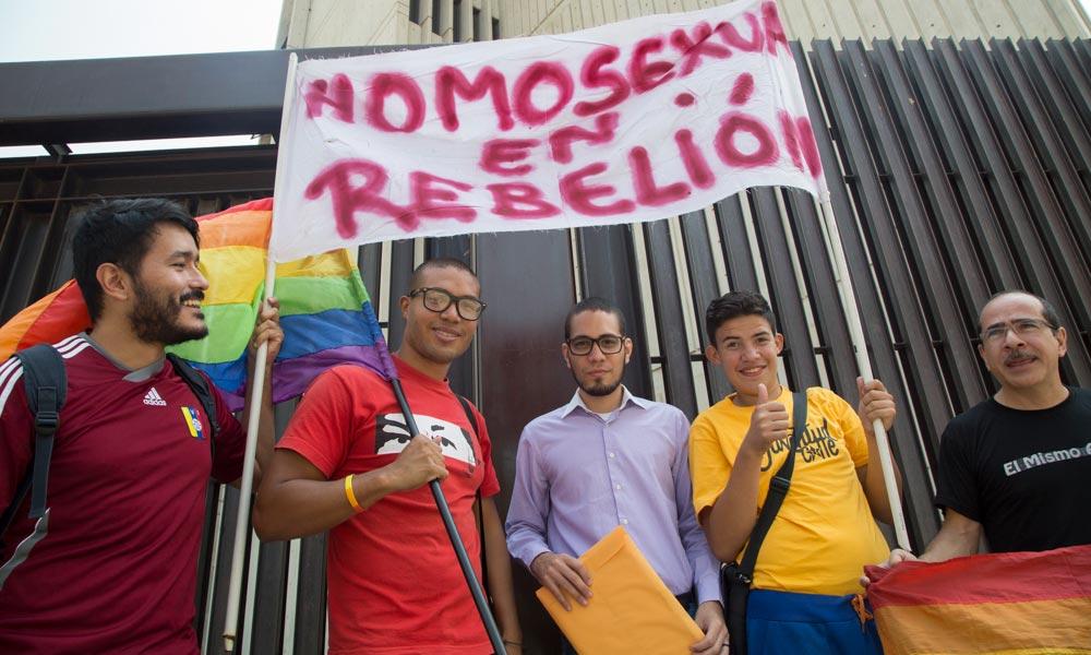 Homosexuales en revelión venezuela