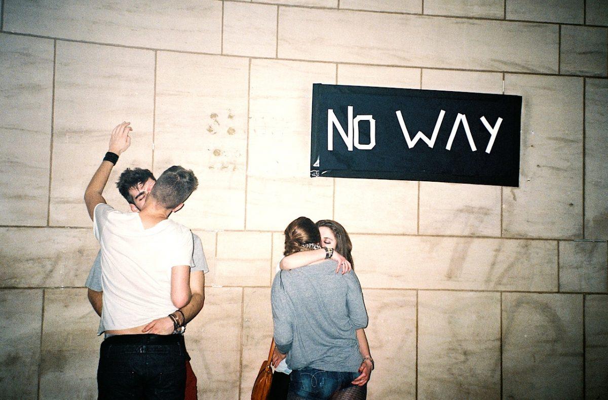 No Way. Lesbian Kiss, Gay Kiss