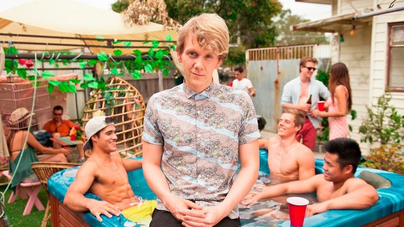 Josh Thomas escribe y protagoniza 'Please like me'. / Foto: latimes.com