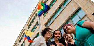 Bucaramanga iza la bandera LGBTI