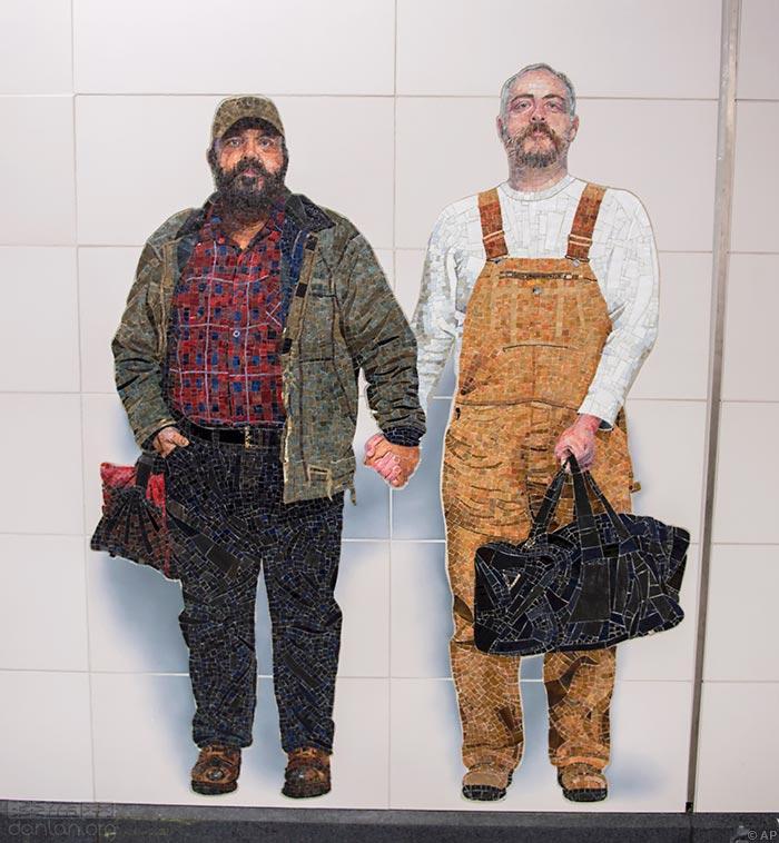 mural-pareja-gay-vik-muniz