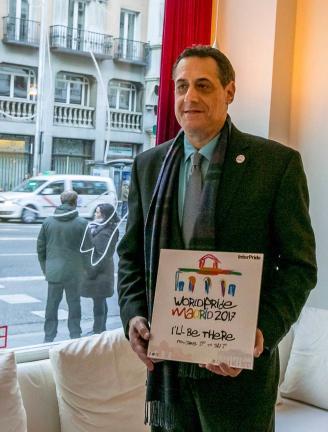 Sstuart Milk presenta el logo del World Pride Madrid 2017