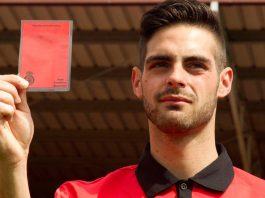 Tarjeta roja a la homofobia, Jesús Tomillero se lanza como escritor