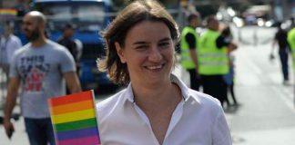 Ana Brnabic primera ministra Serbia marchó en el Pride de Belgrado