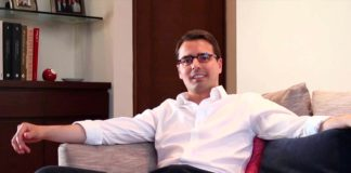 Marco Ferrara primer candidato gay para la presidencia de México