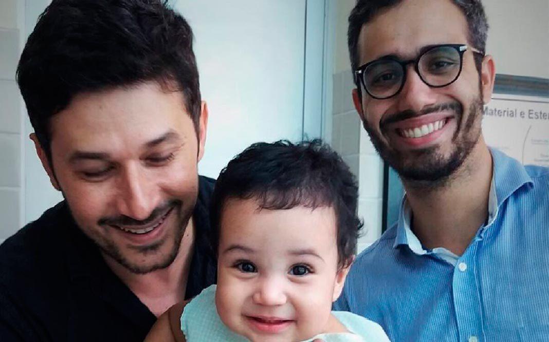 La emocional carta que un padre gay escribe a su hijo adoptado