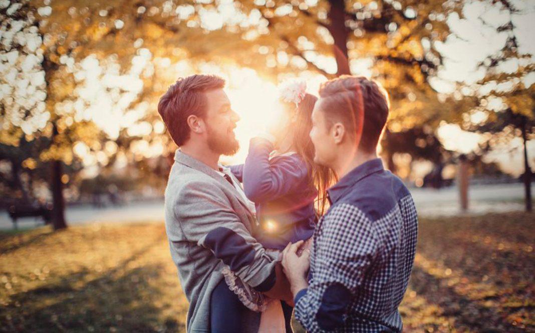 Primera-pareja-del-mismo-sexo-logra-adoptar-en-Colombia